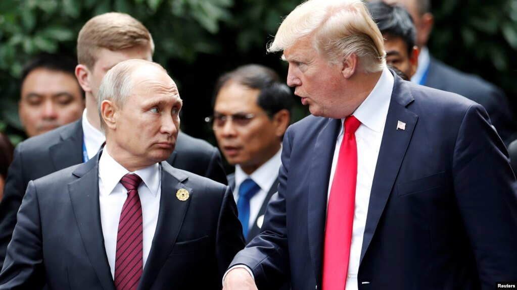 Президент США Дональд Трамп и президент России Владимир Путин (архивное фото)