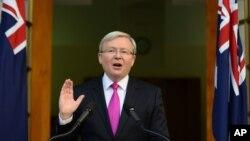 Thủ tướng Australia Kevin Rudd phát biểu tại một cuộc họp báo ở Canberra, ngày 4/8/2013.
