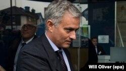 L'entraîneur portugais José Mourinho de Manchester United, Londres, 7 juin 2016.