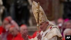 Paparoma Benedict