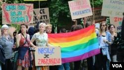 Arhiv - LGBT osobe protestuju u Sarajevu