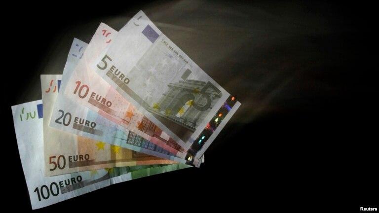 França apreende milhões de Euros na posse de angolanos e portugueses