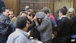 Hommes suspectés d'être homosexuels, acquittés par un tribunal égyptien au Caire, le 12 janvier 2015.