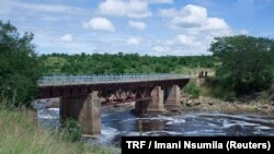 Le fleuve Ruaha en Tanzania, 14 juin 2017.