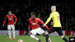 Paul Pogba lors du match de Premier League anglaise entre Watford et Manchester United, le 28 novembre 2017.