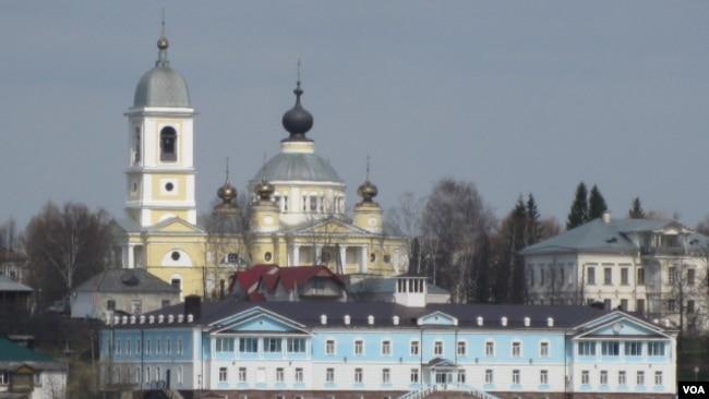 俄东正教会与安全机构关系密切引关注