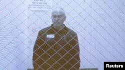 미하일 호도르코프스키가 지난 8월 수감 중인 모습