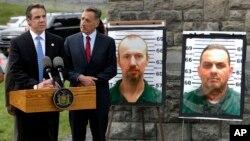 El gobernador de Nueva York, Andrew Cuomo (izq.), y su similar de Vermont, Peter Shumlin, aseguraron que trabajarán en conjunto para intentar dar con el paradero de los dos prófugos.