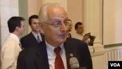 Конгресменот Бил Паскрел