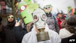 Демонстрация, организованная экологическими НКО. Франкфурт, Германия. 29 ноября 2015 г.