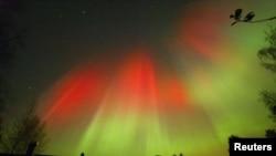 ປາກົດການ ແສງສະຫວ່າງ Northern Lights