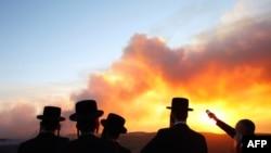 Ít nhất 41 người thiệt mạng và 17.000 cư dân đã được di tản kể từ khi đám cháy bắt đầu hôm thứ Năm gần cảng Haifa, miền Bắc Israel