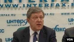 俄羅斯著名政治人物亞夫林斯基。(美國之音白樺拍攝)