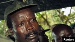 Joseph Kony, l'un des chefs rebelles les plus recherchés au monde (photo prise en 2006)