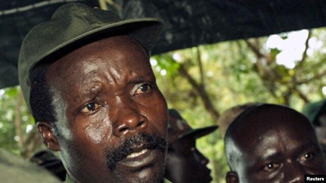 Joseph Kony, l'un des chefs rebelles les plus recherchés du monde (photo prise en 2006)