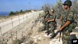 Libanski vojnici na granici sa Izraelom