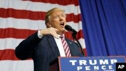 Ứng cử viên tổng thống đảng Cộng hòa Donald Trump phát biểu trong một cuộc mít tinh ở Ohio, 20/10/2016.