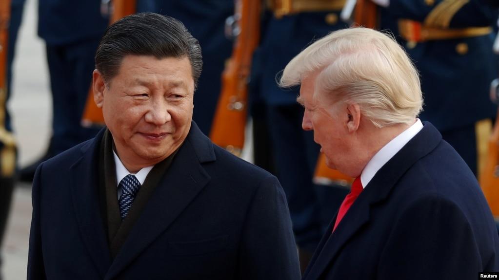 Chủ tịch Trung Quốc Tập Cận Bình đón ông Trump tại Bắc Kinh hồi tháng 11 năm ngoái.