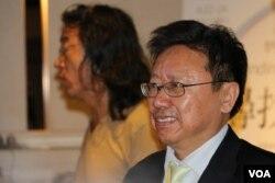 政治评论人士陈破空在台北的新书发表会上(2016年4月24日,美国之音齐勇明拍摄)