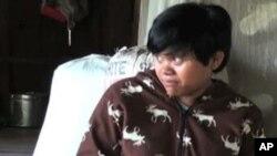 在马来西亚做女佣时受到虐待的尚佩