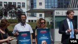 Sərhədsiz Reportyorlar Strasburqda Azərbaycan jurnalistlərinin azadlığı tələbiilə aksiya keçirib