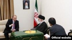 Ruski predsednik Vladimir Putin i iranski vrhovni vođa Ali Hamenei