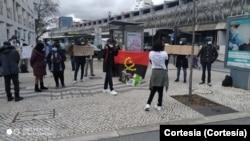 Manifestação de doentes angolanos em Portugal