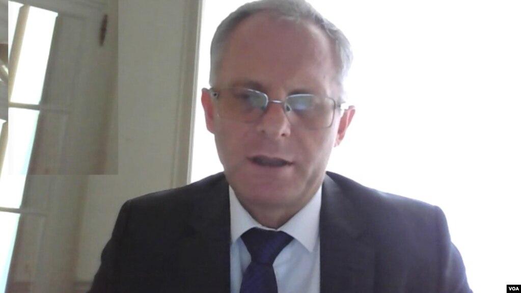 Bislimi: Serbia nuk është e interesuar të bisedojë seriozisht me Kosovën