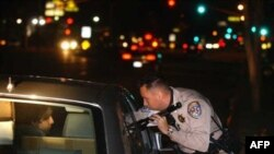 Проверка на дороге. Лос-Анджелес (архивное фото)