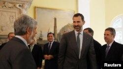 El Príncipe Felipe ya está en México para la sucesión presidencial. Hace parte de más de 100 delegaciones invitadas.