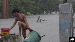 Кезон, Филиппины. 7 августа 2012г.