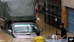 سری لنکا: سیلابوں کی وجہ سے 21 افراد ہلاک، دو لاکھ بے گھر