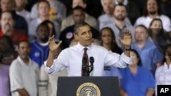지난해 12월 미시건주 레드포드를 방문해 경제 정책에 관해 연설한 바락 오바마 대통령.