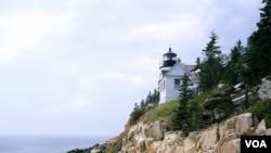 Bass Harbor Head lighthouse, built in 1858, on Maine's rocky coast. (Carol M. Highsmith)