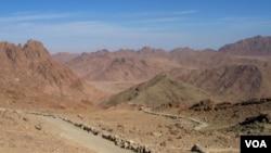 Wilayah Semenanjung Sinai di Mesir dekat perbatasan Israel yang tidak dijaga ketat (foto: dok).