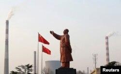 2013年武汉钢铁公司的毛泽东像