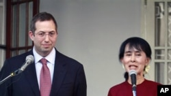 昂山素姬在三月中曾經會見美國緬甸問題特使(資料圖片)