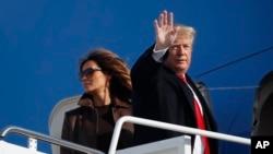 Ông Trump và phu nhân lên chuyên cơ đi Argentina dự Thượng đỉnh G-20