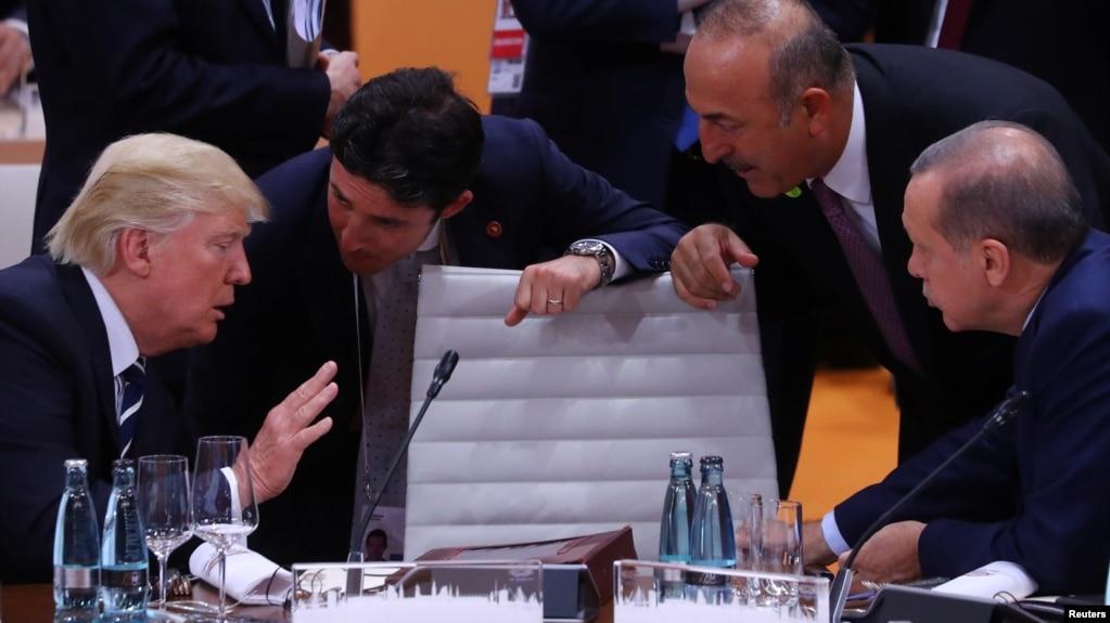 Delegacioni turk, takime në SHBA për të zbutur tensionet
