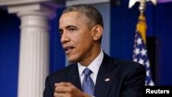 Predsednik obama odgovara na pitanja o sajber napadu na Soni Pictures na konferenciji za novinare na kraju godine.
