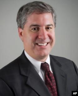 佩珀代因大学法学院教授理查德•卡普