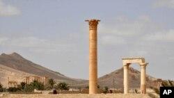 شهر تاریخی پالمیرا در ده ماه گذشته در تصرف داعش بود و پیش بینی شده عملیات مین روبی در آن ماهها طول بکشد