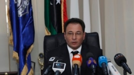 Libya's Deputy Prime Minister and interim Interior Minister Sadiq Abdulkarim during news conference, Tripoli, Jan. 29, 2014.
