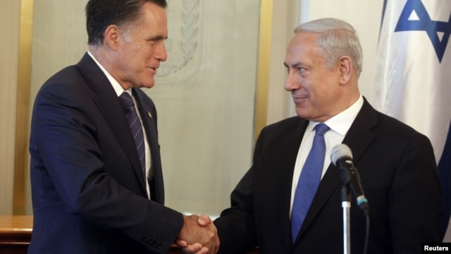 Israeli Prime Minister Benjamin Netanyahu (R) shakes hands with U.S. Republican presidential candidate Mitt Romney during their meeting in Jerusalem July 29, 2012.