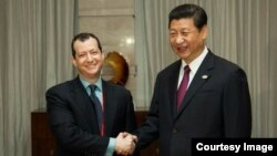 Evan Feigenbaum Xitoy prezidenti Shi Zinpin bilan, Pekin