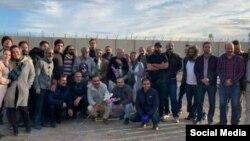 گروهی از دروایش آزاد شده از زندان تهران بزرگ