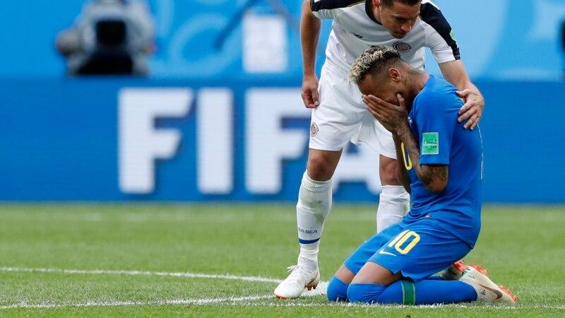 Les larmes de Neymar inquiètent les médias Brésiliens