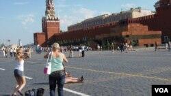 莫斯科紅場和克里姆林宮。俄羅斯不想捲入南中國海爭執,也不想支持中國。(美國之音白樺攝)