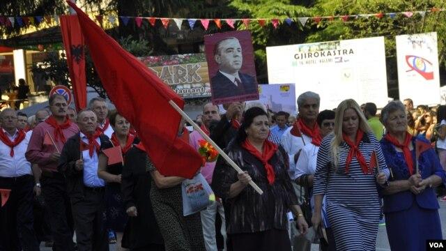 Parakalim i stilit komunist në Gjirokastër