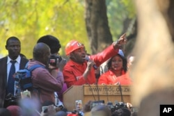 Leader of the main opposition party in Zimbabwe, Nelson Chamisa addresses party supporters in Harare, Zimbabwe, June, 5, 2018.